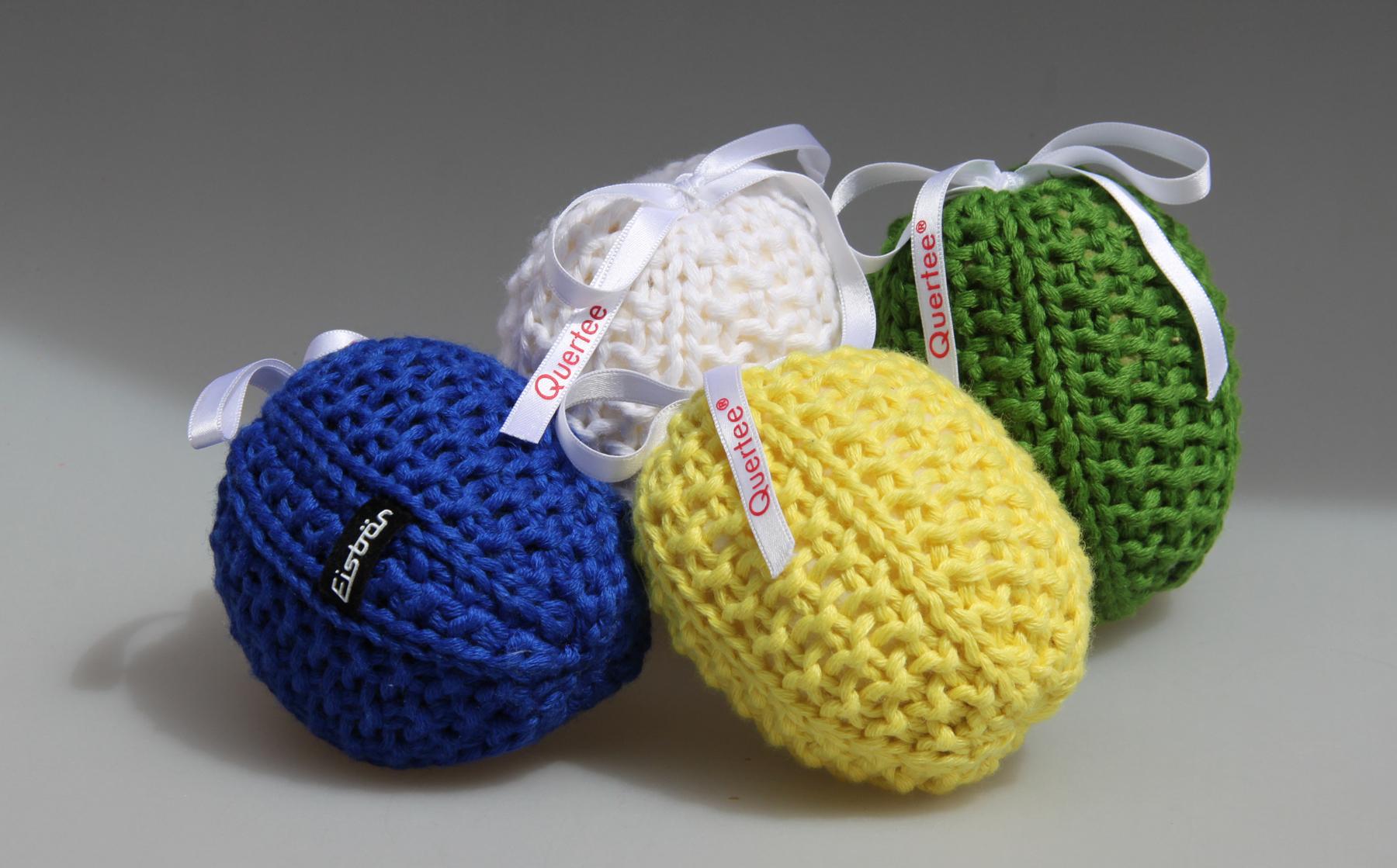 Lavendelsäckchen liebevoll gestrickt von Eisbär in gelb, blau, grün und weiß. Gefüllt mit echtem französichem Lavendel - 4 x 10 g Lavendelblüten als Duftsäckchen von Quertee®