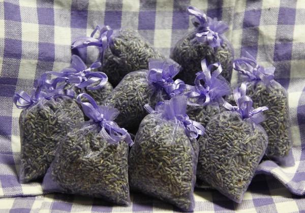 Lavendelsäckchen mit echtem französischen Lavendel / Lavendelblüten